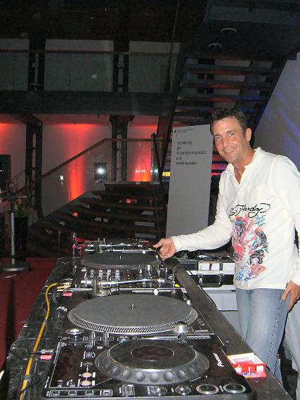 Beispiel: Professioneller DJ, Foto: DJ Marco Schmidt.