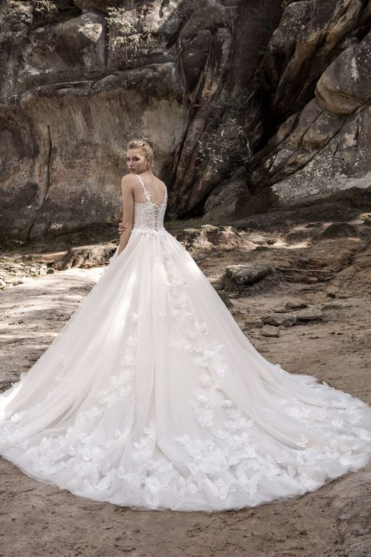 Maxima Bridal-Enchanted|Butterfly
