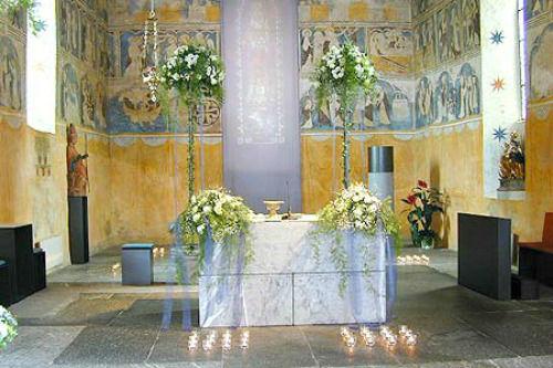 Beispiel: Kirchenschmuck, Foto: Flowerevents.