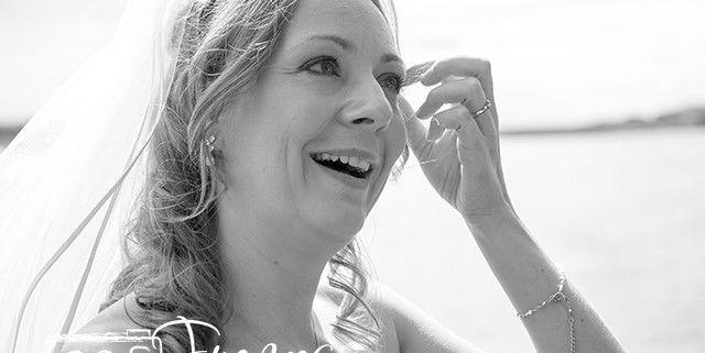 Beispiel: Portrait der Braut, Foto: Frances-Photography.