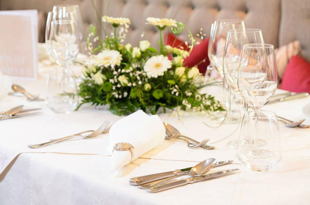 Beispiel: Tischdekoration, Foto: Loveness - Hotel BERGERGUT.