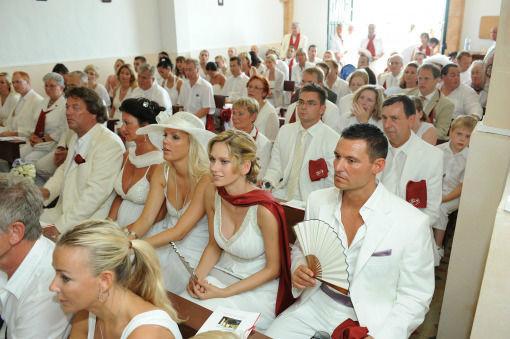 Beispiel: Ihre Hochzeit ganz in Weiß, Foto: Frank Matthée.Wh!te.