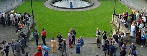 Beispiel: Hochzeitsgesellschaft, Foto: Schloss Albrechtsberg.