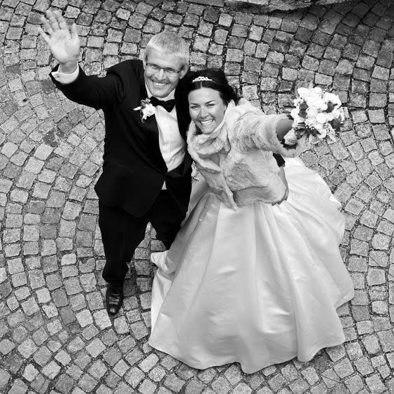 Beispiel: Strahlendes Brautpaar, Foto: Daniela Kainz Wedding Salzburg.