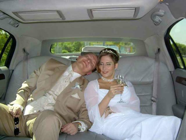 Beispiel: Machen Sie es sich in einer Limousine bequem, Foto: Action Limousine.