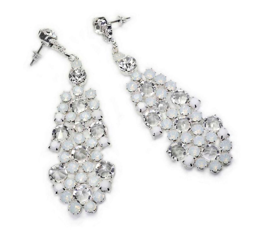 Białe kryształy