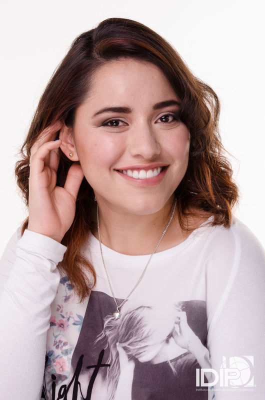 Alekssandra Gómez  Maquillaje Social de día