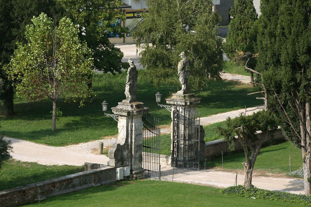 Ingresso Castello Bevilacqua