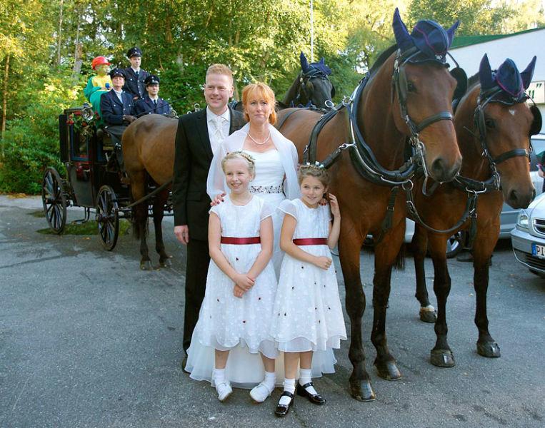 Beispiel: Heiraten auch Sie mit einer Hochzeitskutsche, Foto: Hochzeitskutschen-Mieten.de.