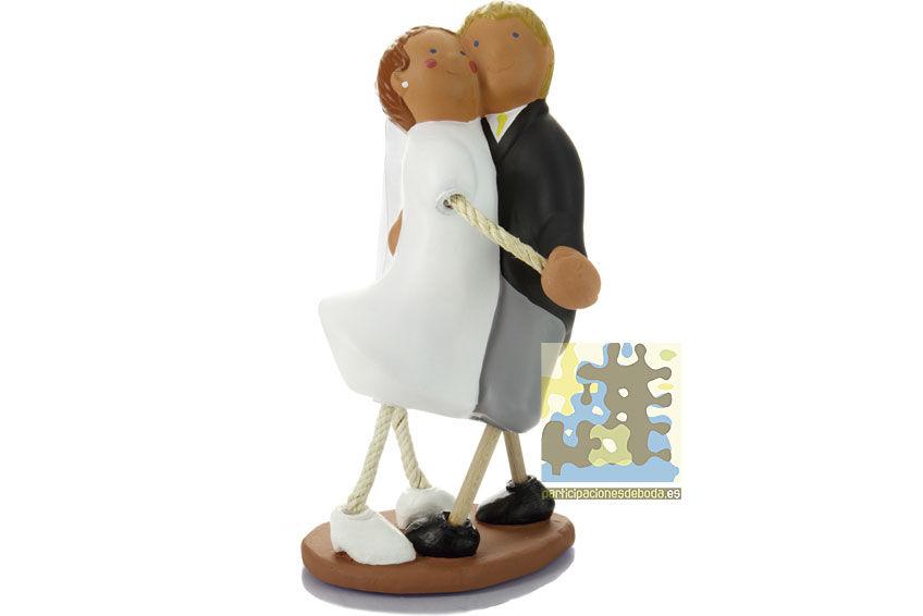 Figuras originales y artesanas de novios para el pastel