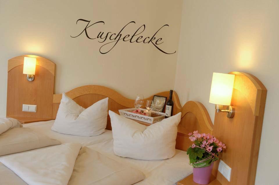 Beispiel: Zimmer, Foto: Hotel Restaurant Talblick.