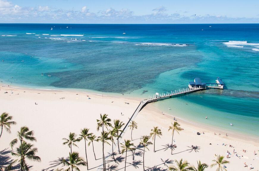 Hawaii    -Waikiki Beach -