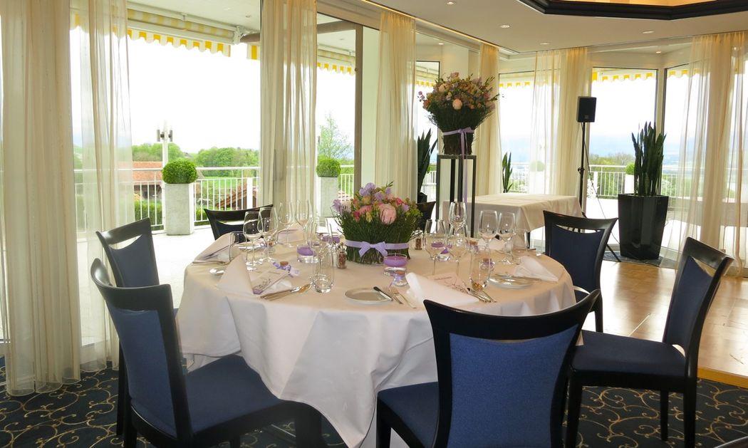Beispiel: Tischdekoration, Foto: Hotel Restaurant Vogelsang.