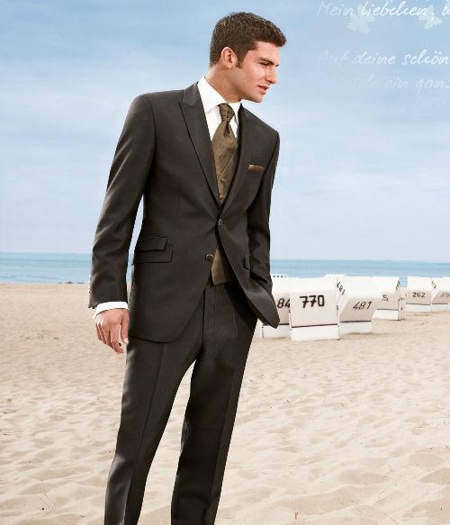 Beispiel: Elegante Anzüge, Foto: Chez Janine.