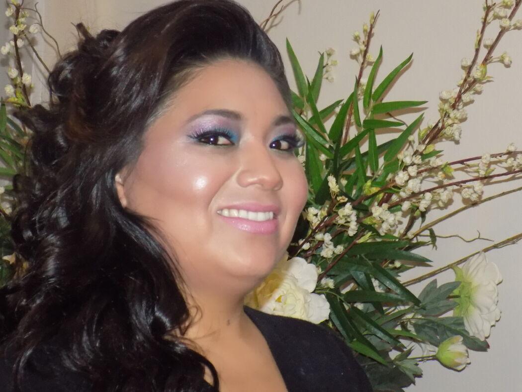 BELLA Fer Maquillaje Profesional Una profesional hará un maquillaje adecuado a tú personalidad y rasgos físicos. BElla FER
