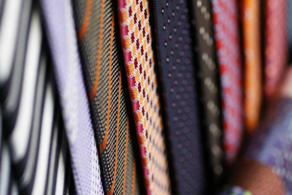 Trajes, camisas y accesorios para hombre - Foto Casa Cuesta
