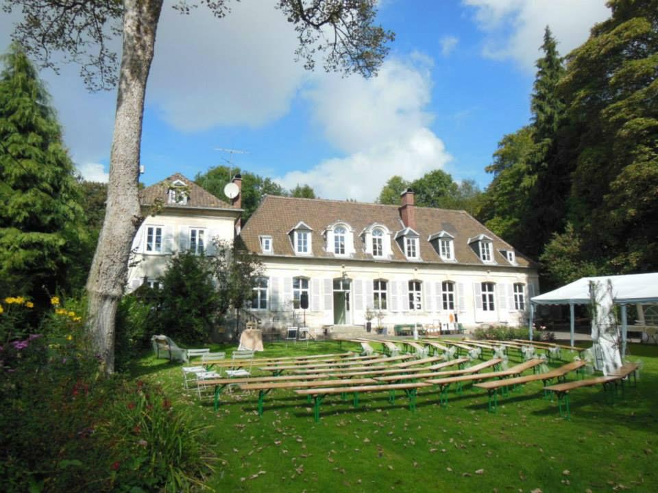 Cérémonie laïque Champêtre dans le parc du Château de Naours