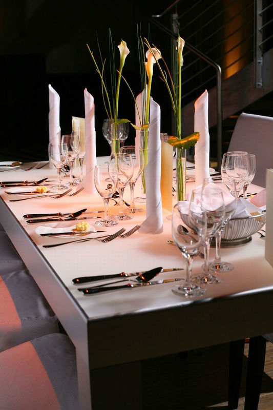 Beispiel: Tischdekoration, Foto: Palais Kulturbrauerei.