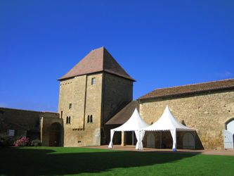 Les Salles du Prieuré d'Anzy-le-Duc