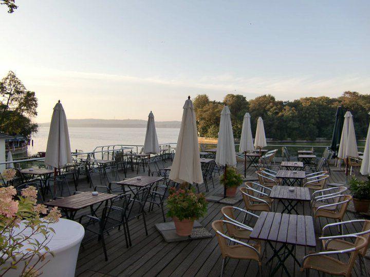 Beispiel: Terrasse am See, Foto: Weisse Villa.