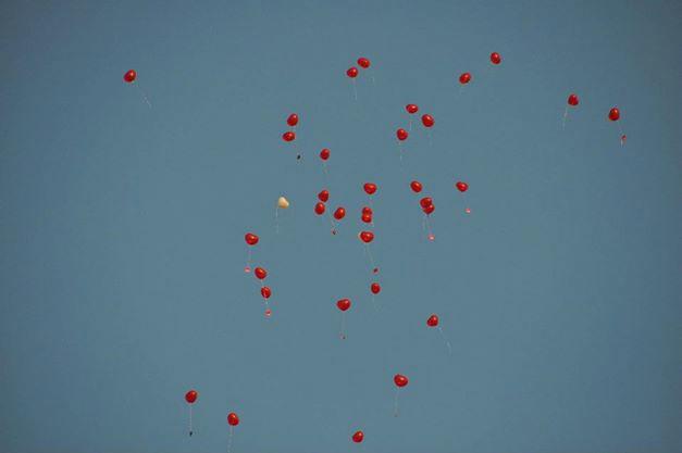 Beispiel: Aufsteigende Luftballons, Foto: Augustlhof.