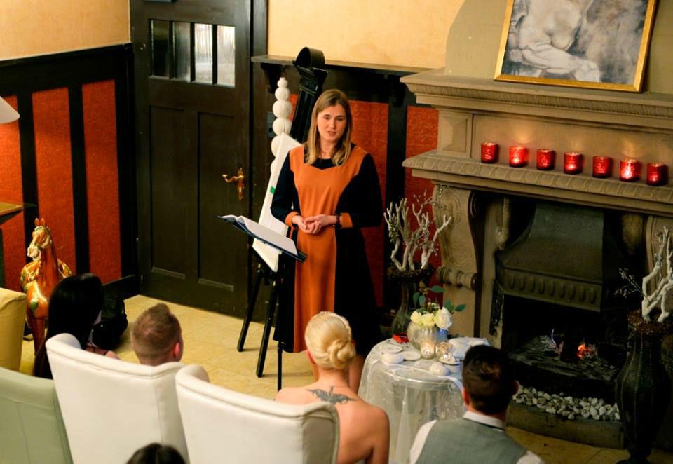 Beispiel: Freie Trauungszeremonie, Foto: Rederei Kathrin Wenzel.
