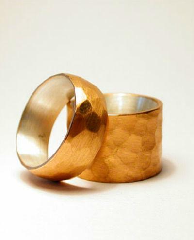 Beispiel: Trauringe - Silber/Feingold, Foto: detail3.
