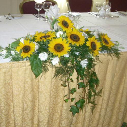 Beispiel: Hochzeitsfloristik, Foto: Blumen Beilner.