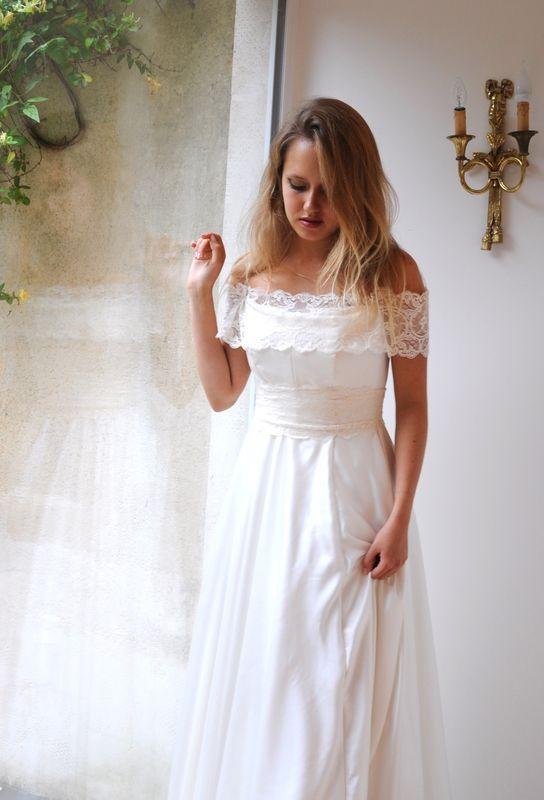 Robe de mariée fluide Tout Conte Fée, en soie lavée et dentelle de Calais Agnès Szabelewski