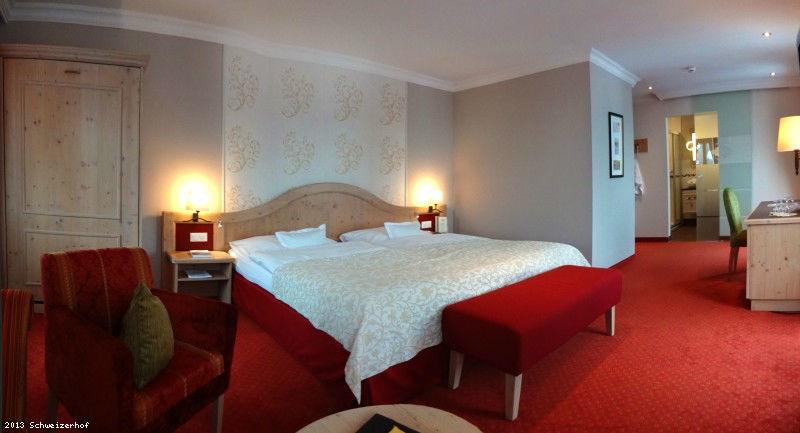 Beispiel: Hotelzimmer, Foto: Romantik Hotel Schweizerhof Grindelwald.