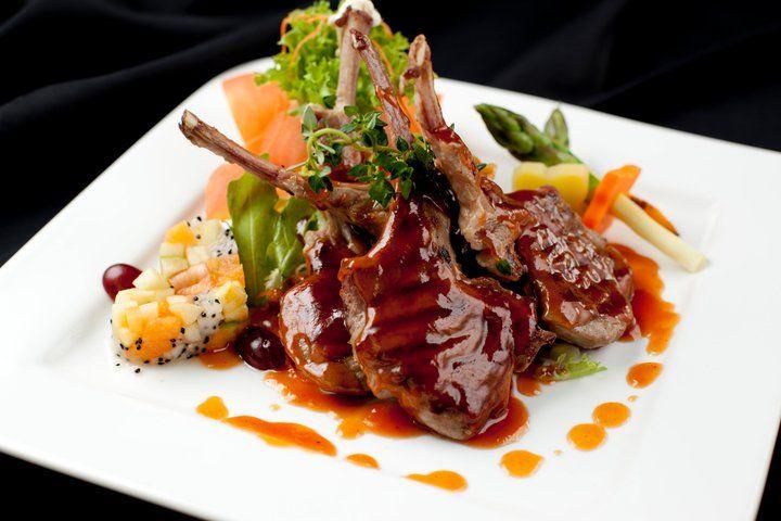 Beispiel: Gastronomie, Foto: IndoChine waterfront + restaurant.