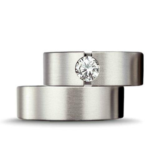 Beispiel: Trauringe - Silber, Foto: Kiefer - Schmuck und schöne Zeit.