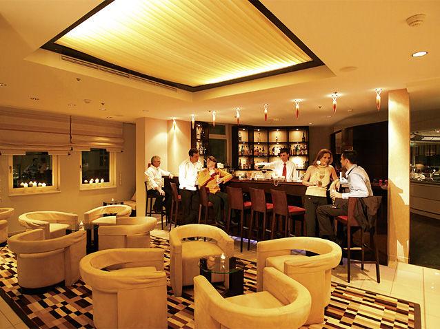 Beispiel: Lobby-Bar, Foto: Das Ahlbeck.