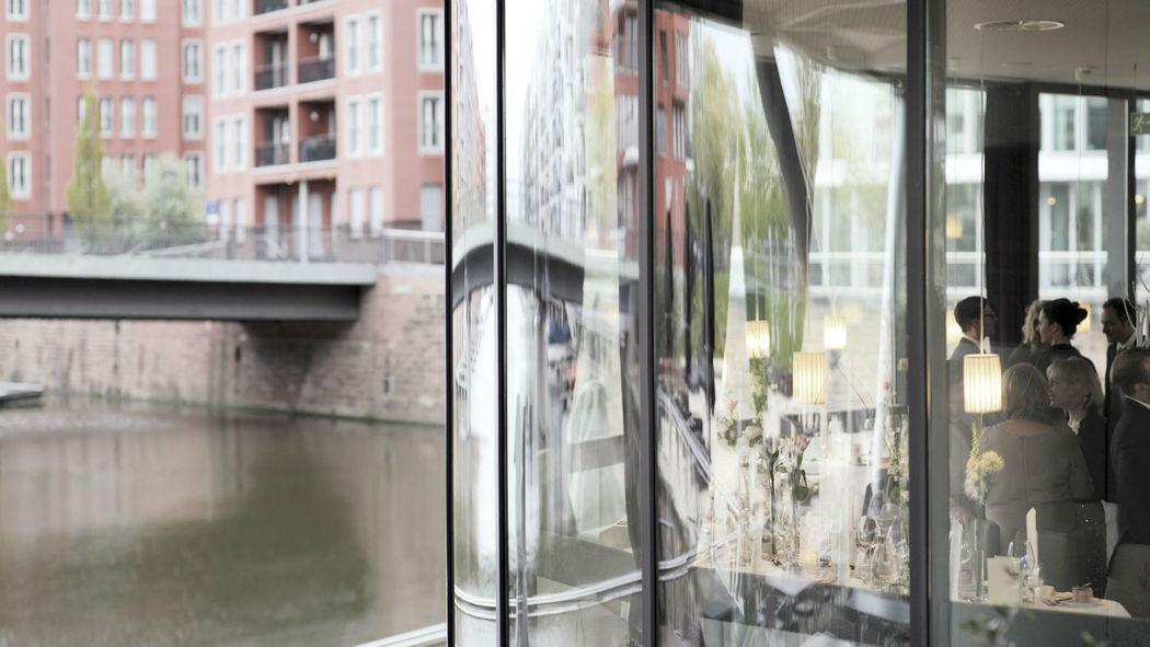Beispiel: Aussenansicht, Foto: Frankfurter Botschaft.