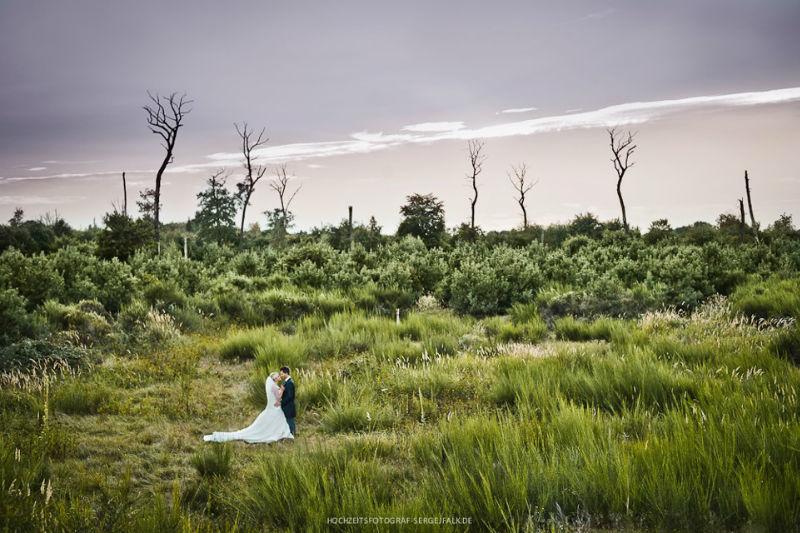 Beispiel: Hochzeitsfotos mit romantischer Kulisse, Foto: Sergej Falk.