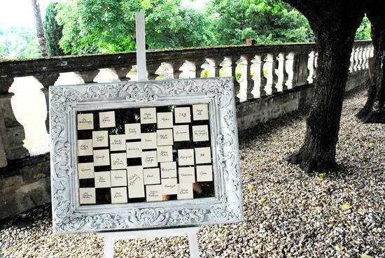 Beispiel: Vor Ort Service für handgeschriebene Tischpläne, Foto: Event Calligraphy.