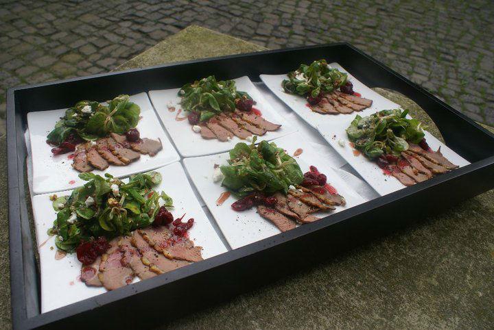 Beispiel: Große Vielfalt und Service, Foto: Adel.es Catering.