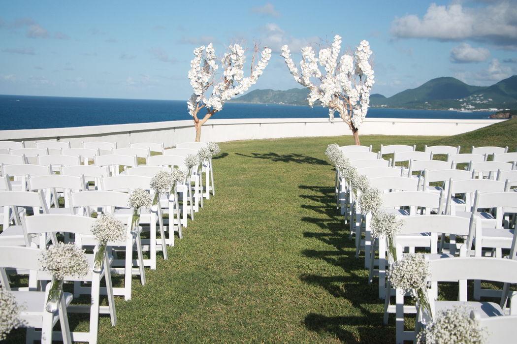 mariage dans une villa de luxe réalisé par  www.fee-des-caraibes.com
