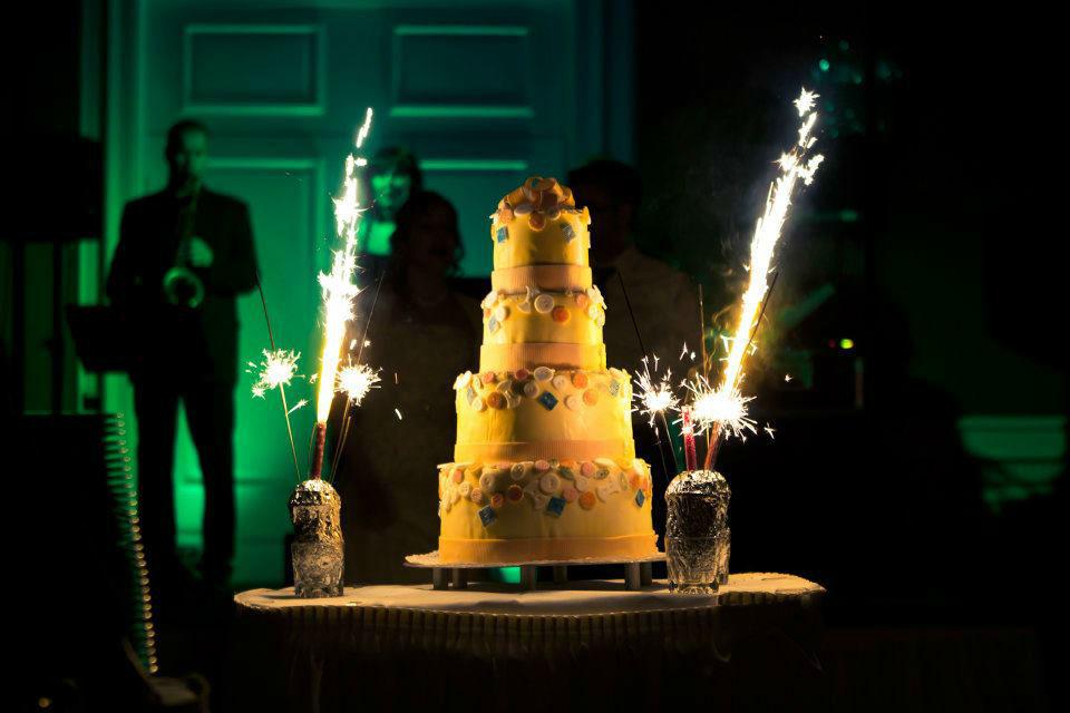 Beispiel: Hochzeitstorte, Foto: Le Méridien Stuttgart.