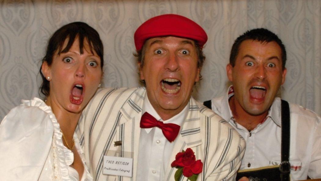 Der Hochzeitskünstler Reinhard Ottow Comedy-Programme für den 'Ihren schönsten Tag im Leben' - Animation, Tischzauberei, Comedy- & Aktionsfotografie, Comedy-Shows, Zeremonienmeister
