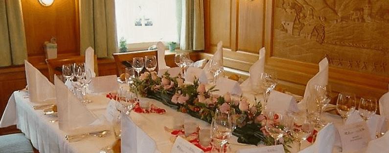 Beispiel: Tischdekoration, Foto: Romantik Hotel Säntis.