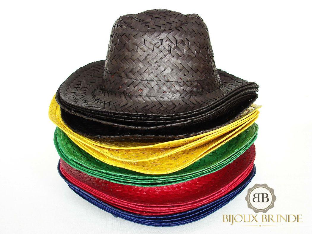 Chapéus de palha coloridos
