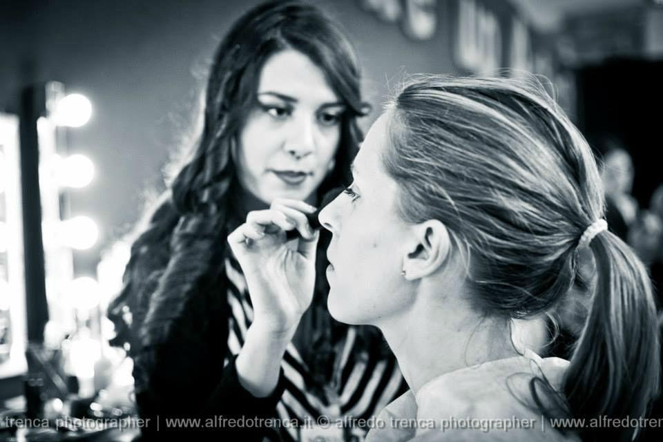 La sposa al trucco © Alfredo Trenca