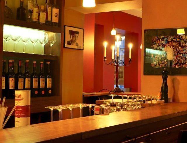 Beispiel: Weinkeller, Foto: Le Barestovino.