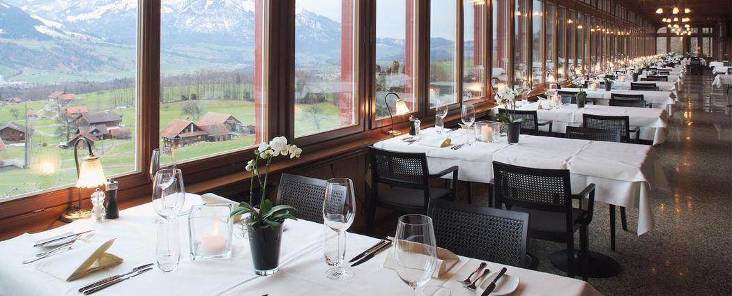 Beispiel: Tischdekoration, Foto: Jugendstil-Hotel Paxmontana.