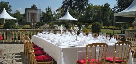 Beispiel: Hochzeitstafel, Foto: Ragaz Catering.