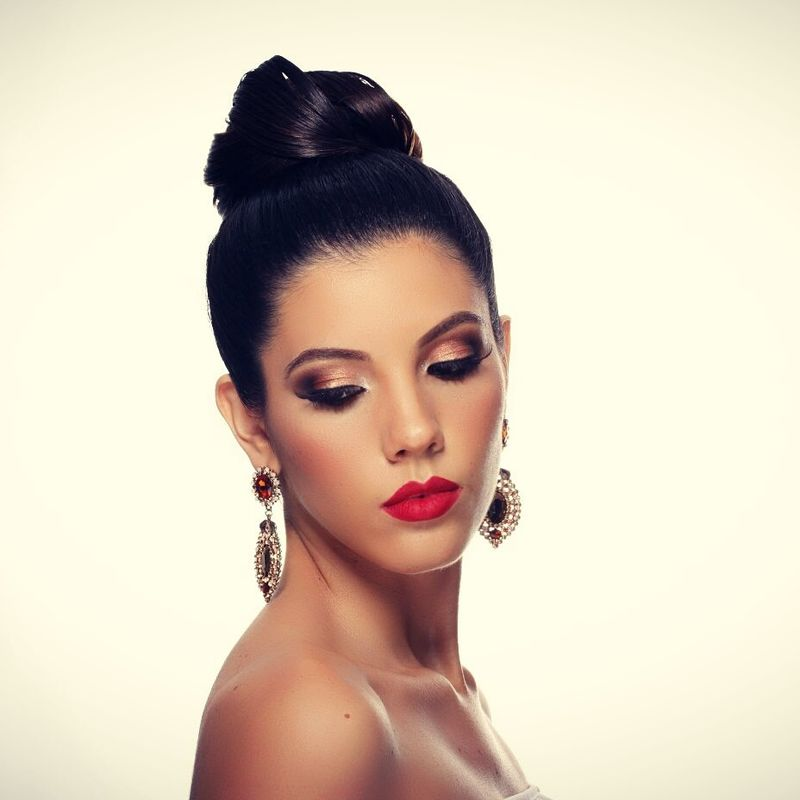 Novias espectaculares con MG Make Up Artist