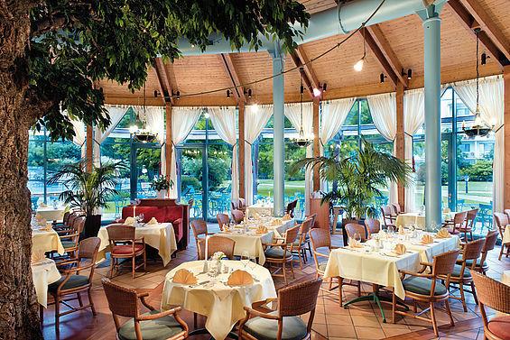 Beispiel: Gartenrestaurant, Foto: Travel Charme Bernstein Prerow.