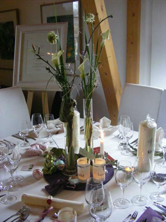 Beispiel: Tischdekoration, Foto: Floristik Studio.