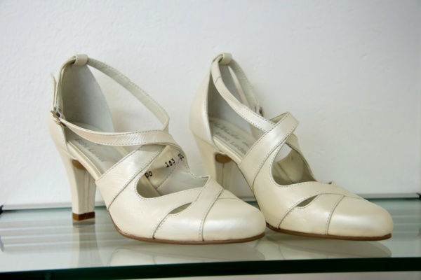 Beispiel: Schuhe für Ihren schönsten Tag, Foto: Bea's Brautmode Accessoires.